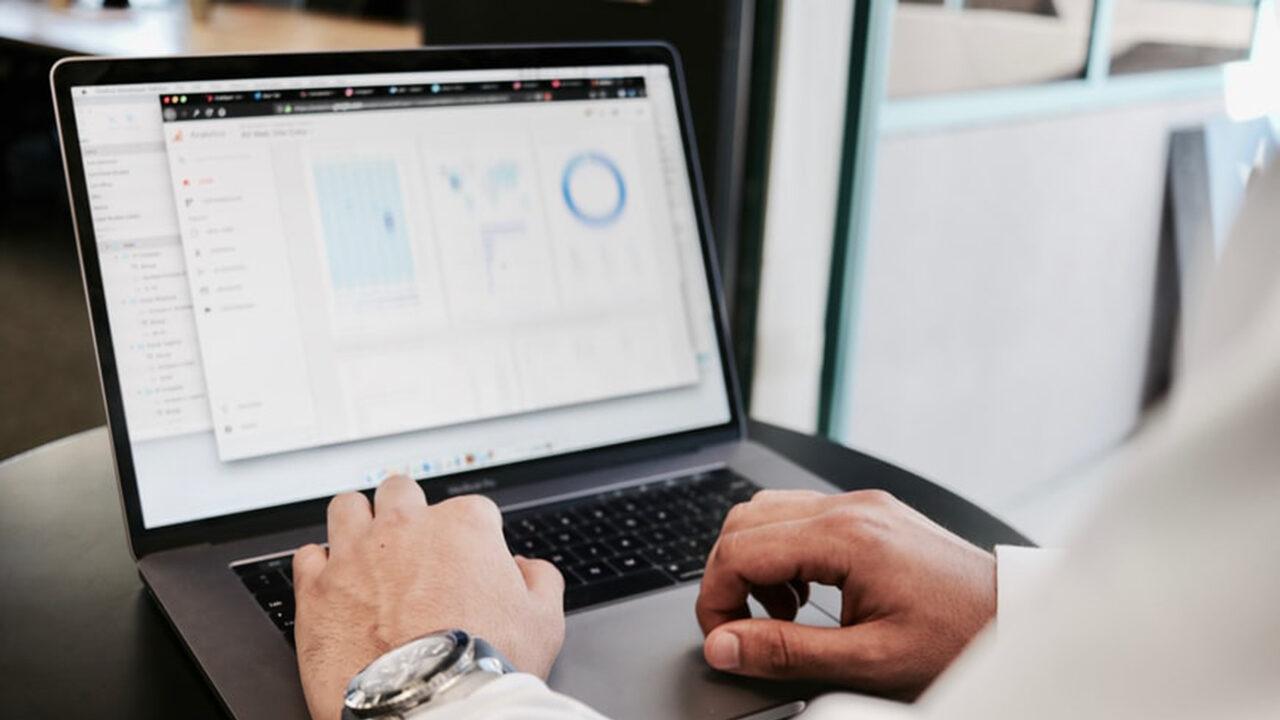 Курсы по обучению финансовой аналитике онлайн