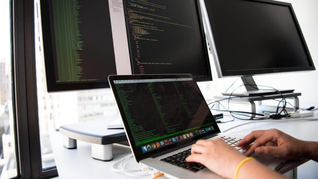 Бесплатные онлайн-курсы по React